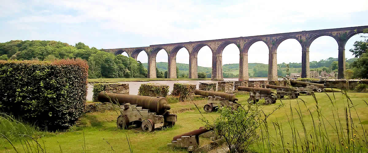 Viaduct over the River Tiddy